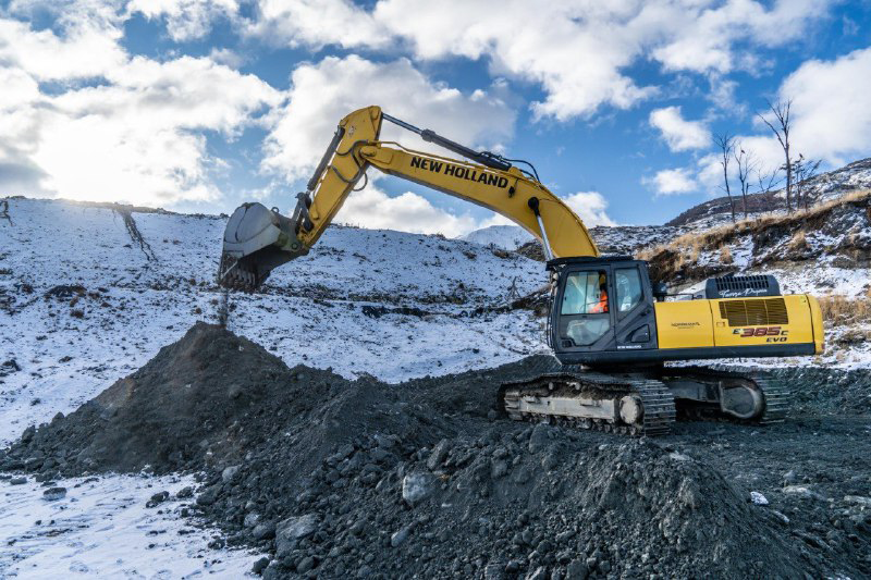New Holland Construction Assists in Responsible Waste Management at 'the End of the World'