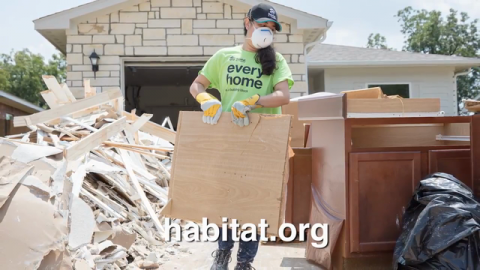 On National Day of Service, Jonathan and Drew Scott Urge Support of Habitat Hammers Back Hurricane Recovery Initiative