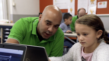 VIDEO | How One Company Is Giving Old Computers New Life in Amsterdam Schools