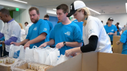 """Subaru of America's Share the Love® Kickoff Event Donates Enough """"KidzPacks"""" to Combat Hunger for Impacted Children for an Entire School Year"""